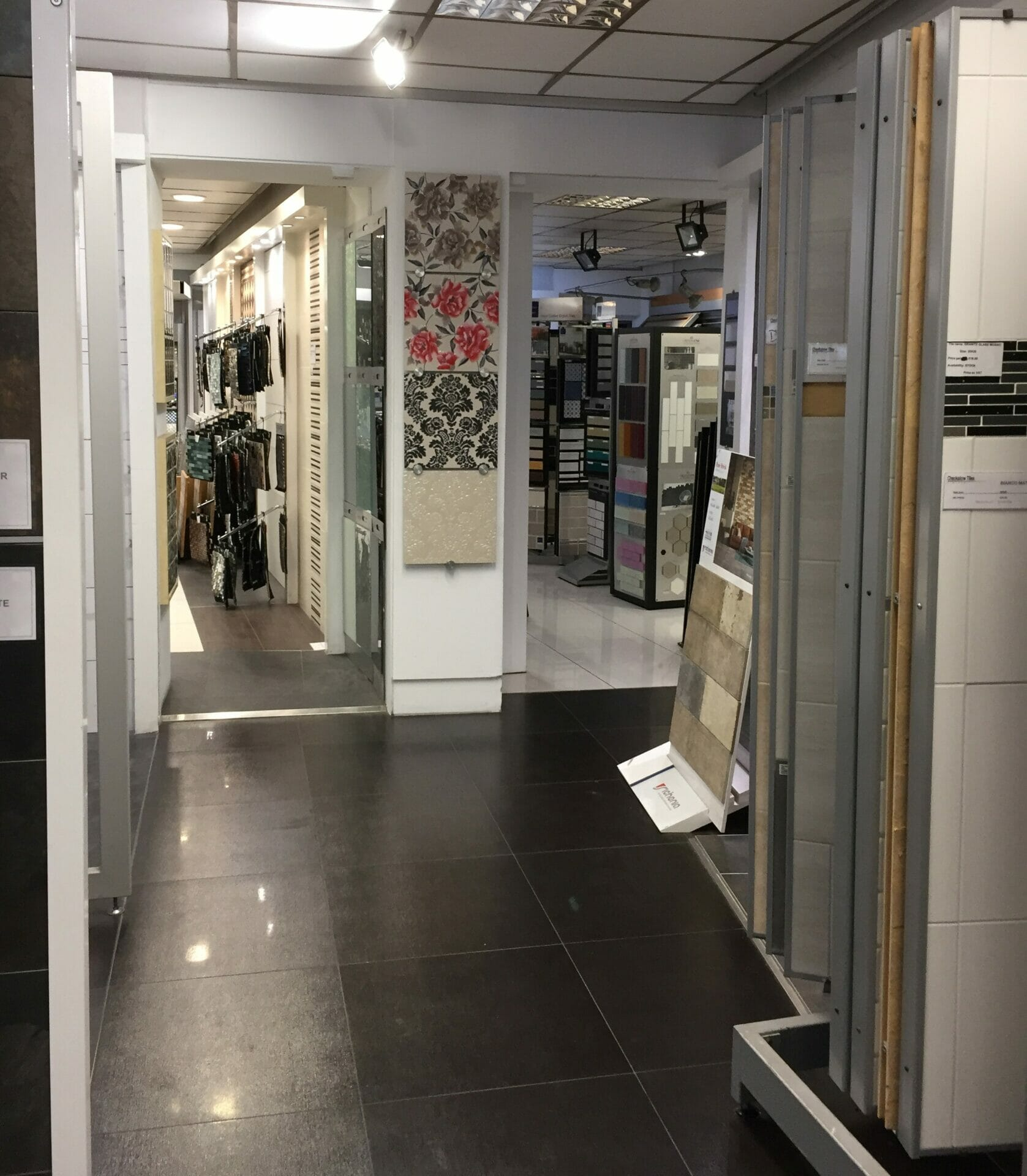 Checkalow Barnet Showroom